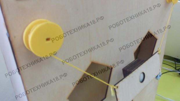 Установка шкивов с нитками на моторы с редукторами